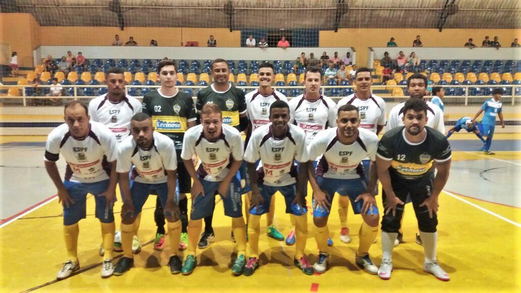 Equipe formada para o primeiro jogo de Urupês na Copa TV TEM 2018